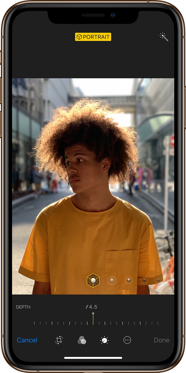 iPhone XS and XS Max let you adjust the depth of focus in photos.